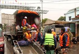 Ít nhất 150.000 người dân miền Trung cần hỗ trợ lương thực khẩn cấp