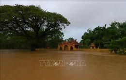 Thừa Thiên - Huế: Mưa trắng trời kết hợp với lũ đổ về, khu vực hạ du ngập nặng