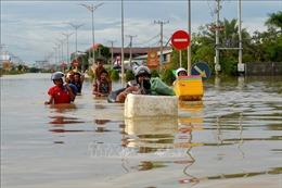 Điện thăm hỏi về mưa lớn và ngập lụt ở Campuchia