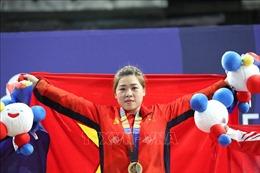 Cô gái dân tộc Giáy giành huy chương Vàng Cử tạ thế giới