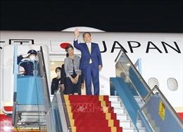 Thủ tướng Nhật Bản Suga Yoshihide đến Hà Nội, bắt đầu thăm chính thức Việt Nam