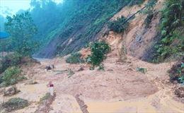 Quảng Nam sơ tán dân ở những điểm có nguy cơ ngập úng, sạt lở đất trước 11 giờ ngày 4/11