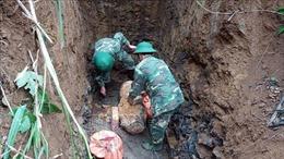 Phát hiện bom Mỹ nặng gần 300 kg khi cải tạo vườn