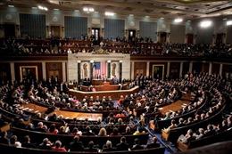 Các nghị sĩ Mỹ gấp rút thúc đẩy ngân sách chi tiêu