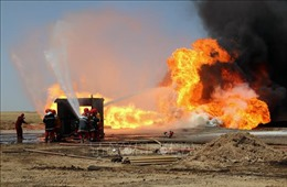 Iraq kiểm soát 2 giếng dầu bị khủng bố phóng hỏa