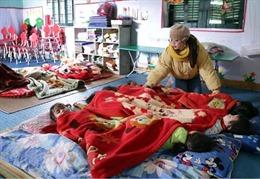 Nhiều trường ở Lạng Sơn cho học sinh nghỉ học tránh rét