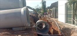 Nam công nhân tử vong do ống cống rơi trúng khi đang thi công đường