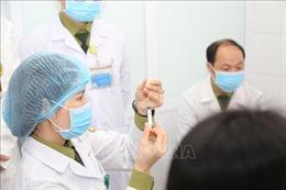 Tiêm thử nghiệm mũi 2 nhóm liều 25 mcgcủa vaccine ngừa COVID-19 Nano Covax