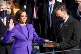 Tân Phó Tổng thống Mỹ Kamala Harris tuyên thệ nhậm chức