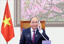 Thủ tướng Nguyễn Xuân Phúc điện đàm với lãnh đạo Lào và Campuchia