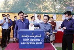 Người dân Lào nô nức đi bầu cử Quốc hội khóa IX