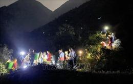 Huy động gần 1.000 người chữa cháy rừng ở huyện Tam Đường