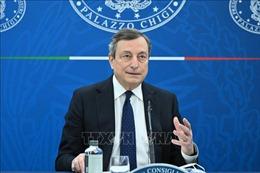 Thủ tướng Italy tiêm vaccine ngừa COVID-19 của AstraZeneca