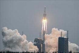 Mỹ dự báo thời điểm mảnh vỡ của tên lửa Trường Chinh 5B rơi xuống Trái Đất