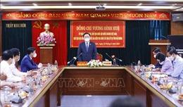 Chủ tịch Quốc hội Vương Đình Huệ kiểm tra công tác bầu cử tại Hải Dương