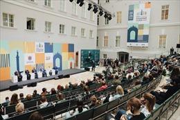 Sách về Chủ tịch Hồ Chí Minh được quan tâm tại Triển lãm sách quốc tế St. Petersburg