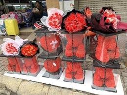 Không khí ngày Valentine kém sôi động tại Hà Nội
