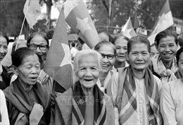 Những ca khúc làm 'sống dậy' thời khắc lịch sử ngày 30/4/1975