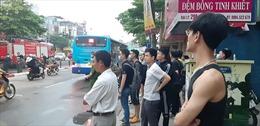 Cháy lớn ở cửa hàng tại phố Tôn Đức Thắng, đang tìm kiếm các nạn nhân