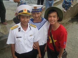 Đảng viên trẻ nặng lòng với biển đảo