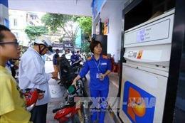 Bộ Công Thương khẳng định xăng dầu đảm bảo đủ, người dân không nên tích trữ