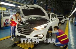 Giá ô tô có tiếp tục giảm khi được giảm thuế và nhiều hàng tồn kho?
