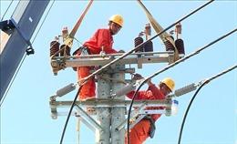 Tiền điện tăng gấp 2-3 lần là do bảng giá điện bậc thang chưa hợp lý?