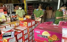 Liên tiếp phát hiện nhiều điểm tập kết bánh trung thu không rõ nguồn gốc tại Hà Nội