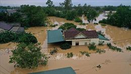 Miền Trung tiếp tục mưa lớn, lũ trên các sônglên cao, cảnh báo lũ lụt, sạt lở đất