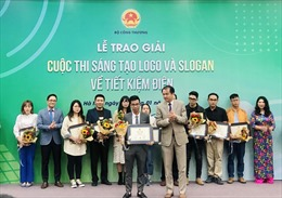 Slogan 'Tiết kiệm điện thành thói quen' được Bộ Công Thương trao giải