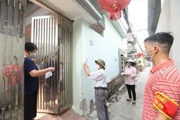 Đi từng ngõ, gõ từng nhà, tăng tốc xét nghiệm COVID-19 diện rộng cho người dân tại Hà Nội
