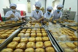 Bánh Trung thu 'đổ bộ' chợ online mùa COVID-19