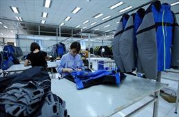 Dệt may không dễ hưởng lợi từ cuộc chiến thương mại Mỹ - Trung