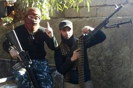 Hàng chục nghìn tàn quân IS vẫn cầm cự tại Syria, Iraq chờ ngày 'tái xuất'
