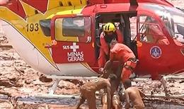 Cảnh giải cứu nạn nhân kịch tính trong thảm họa vỡ đập ở Brazil