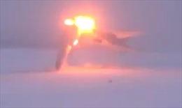 'Đứng tim' trước cảnh máy bay ném bom chiến lược Nga vỡ đôi, nổ tung thành cầu lửa