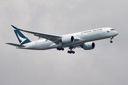 Hai phi công Cathay Pacific mất thị lực khi đang điều khiển máy bay