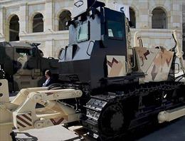 Nga ra mắt máy kéo thiết giáp