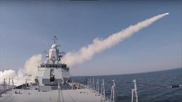 Xem chiến hạm Nga phóng tên lửa xóa sổ tàu chở hàng chỉ trong 3 phút