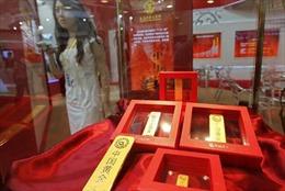 Phòng vệ chiến tranh thương mại, Trung Quốc tích cực trữ vàng