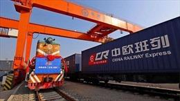 Đằng sau những container trống rỗng trên tàu hỏa từ Trung Quốc đến châu Âu