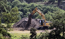 Phát hiện hàng chục thi thể bọc nilon trong giếng sâu ở Mexico