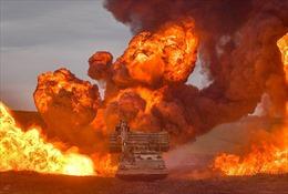 Hình ảnh mịt mù khói lửa trong cuộc tập trận qui mô lớn của Quân đội Anh