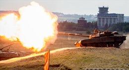 Binh sĩ Mỹ thử xe tăng huyền thoại của Nga trong tập trận