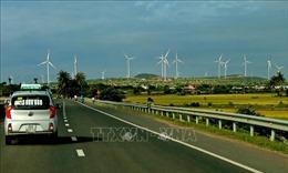 Truyền thông quốc tế ca ngợi Việt Nam là 'người hùng điện gió' mới