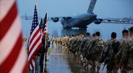 Mỹ cấm 3.500 lính dù đến Trung Đông mang theo điện thoại