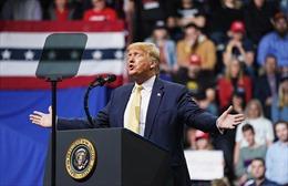 Tổng thống Trump cảnh báo thị trường chứng khoán sẽ chao đảo nếu ông thất cử