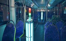 Thượng Hải trang bị đèn cực tím cho xe buýt để phòng chống COVID-19