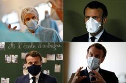 Tổng thống Pháp minh chứng khẩu trang có thể thời trang như thế nào