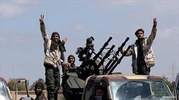 Lực lượng miền Đông rút khỏi một số khu vực ở thủ đô Tripoli